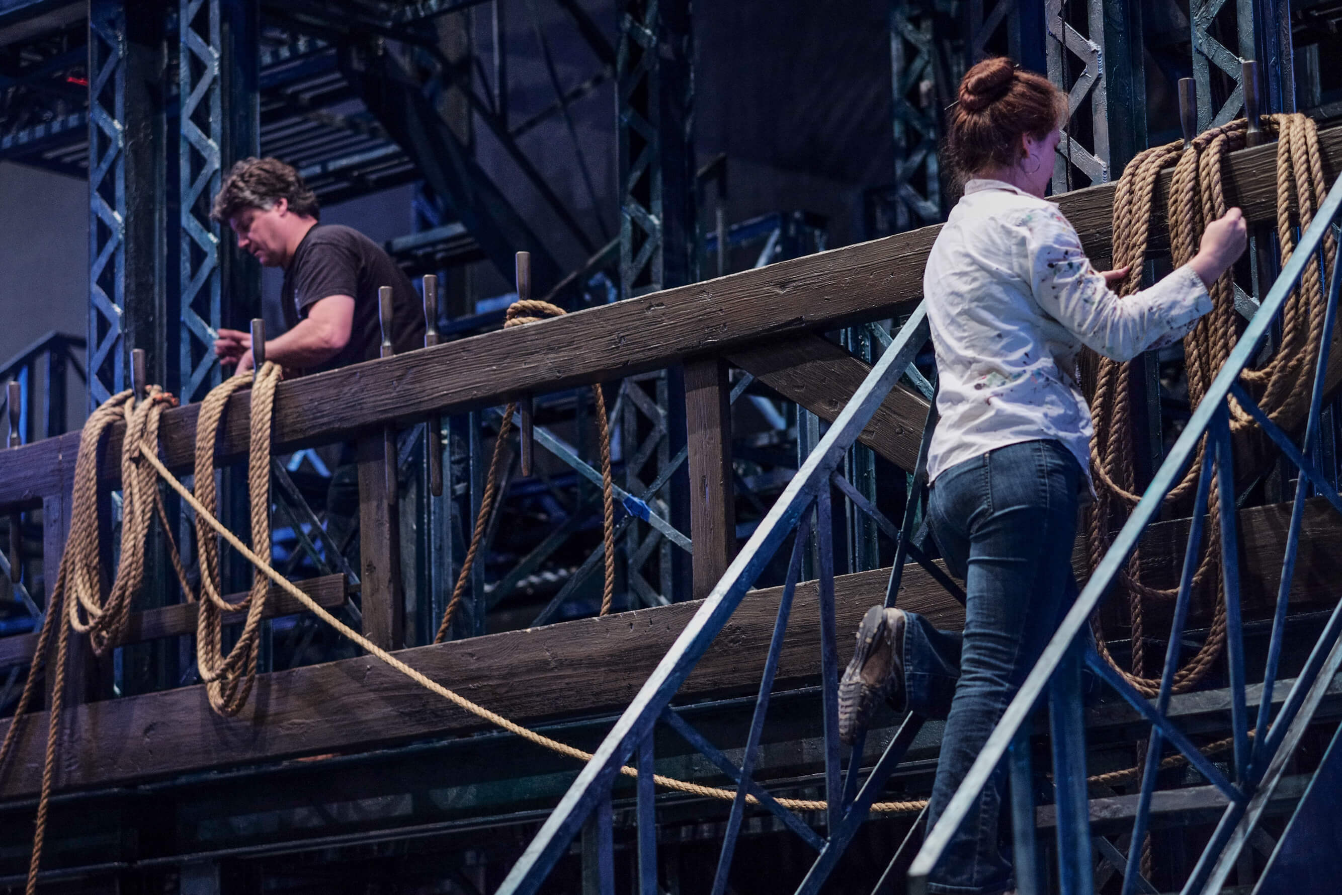 X-WEB-NEWSIES-TECH-01